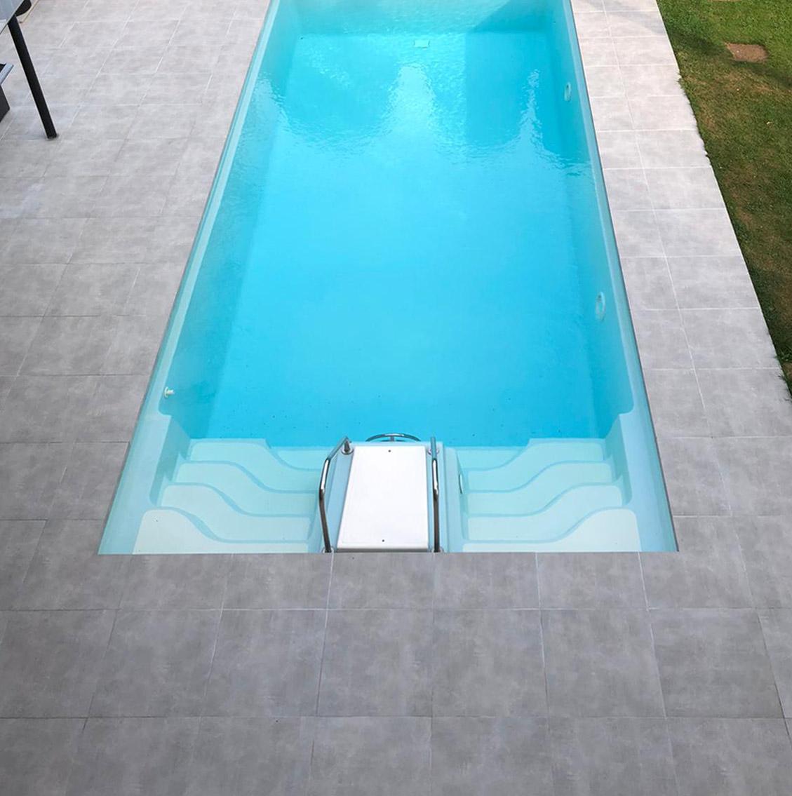 zwembadrand keramisch