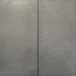 Sense Grey Ceramica 60x60x3 Town Grey staat op de verpakking voorraad info Addie Keramische tegels